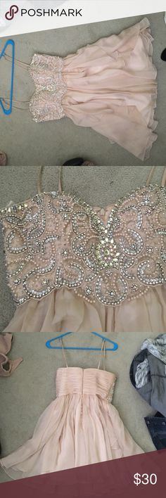 Nude homecoming dress super cute jeweled short homecoming dress. Only worn once! Size 3/4 Dresses Prom