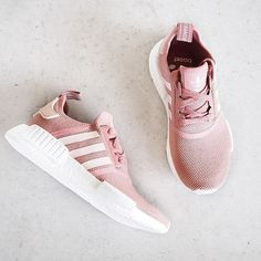 Ooooo so pretttyyyy😍😍👌 I wish we had these in Adelaide 😩 Does anyone know any amazing online stores you can buy amazing shoes like this from!? Heaps of places don't ship to Australia 😔 www.kaylaitsines.com/app
