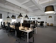 """Pride and Glory"" Office - collaborative work spaces"