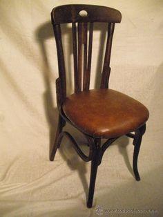 8 sillas estilo thone tapizadas, madera sana, 170 €