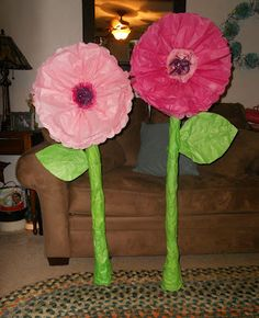 The Mad Recycler: DIY Giant Whimsical Paper Flowers