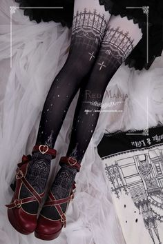 Gothic Fashion 286893438750202680 - Red Maria -The Snowy Church- Gothic Lolita Tights Source by Kawaii Shoes, Kawaii Clothes, Gothic Lolita Fashion, Gothic Outfits, Gothic Lolita Dress, Alternative Mode, Alternative Fashion, Kawaii Fashion, Cute Fashion