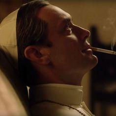 """""""The Young Pope"""": les premières images de Jude Law en pape"""