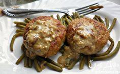 Рецепт – Щучьи котлеты под соусом из белых грибов