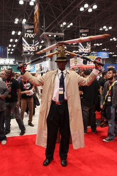 Inspector Gadget - Inspector Gadget | 24 Awesome POC Cosplays From NYCC