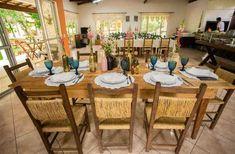 Como gastei menos de 5 mil reais no casamento dos meus sonhos! Wedding Decorations, Table Settings, Home, Lingerie, Draw, Weddings, Budget Friendly Weddings, Rustic Wedding Decorations, Wedding Table