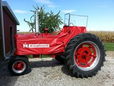 '40 Farmall H... the first tractor I drove..oldpickupparts.com