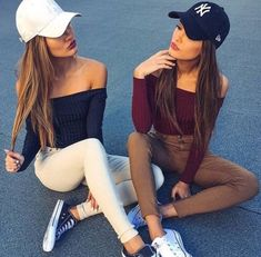 friends, best friends, and bff image Photos Bff, Bff Pictures, Friend Photos, Off Shoulder Crop Top, Long Sleeve Crop Top, Best Friend Fotos, Shooting Photo Amis, Flipagram Instagram, Shotting Photo