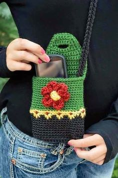 Ravelry: Perfect Purse pattern by Deborah Bagley.loving the wee floral stitch.Hiking Buddy Mini Purse with Flower Button pattern by Yarn Twins Ravelry: Perfect Purse pattern by Deborah BagleyRavelry: Perfect Purse pattern by Deborah Bagley Johnson Ho Crochet Gifts, Cute Crochet, Knit Crochet, Crochet Beanie, Ravelry Crochet, Crochet Handbags, Crochet Purses, Crochet Bags, Knitted Bags