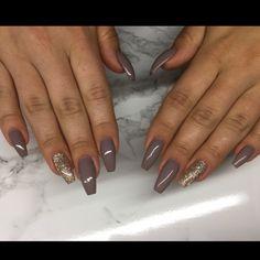 "101 Likes, 1 Comments - Gelenaglar💅🏼 (@naiilsbyam) on Instagram: ""Frosted pink✨💅🏼 #nailsforqueens1 #luxurynails #gelenaglar #gelnails#manicure #pedicure #essi #opi…"""