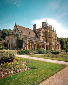 Tyntesfield, one of the last High Victorian houses to have survived with its character and historic contents substantially intact, was… Beautiful Castles, Beautiful Buildings, Beautiful Homes, Beautiful Places, Le Palace, English Manor, English House, Castle House, Victorian Homes