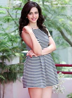 Rakul Preet Singh cute pics, Rakul Preet Singh wallpapers, Rakul Preet Singh latest hd photos