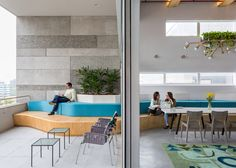 airbnb designs adaptable office spaces for london sao paulo and singapore airbnb office london threefold