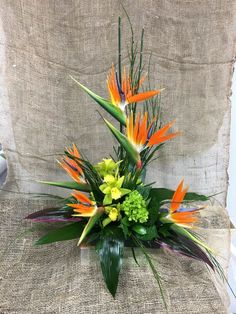 Tropical Floral Arrangements, Tropical Centerpieces, Church Flower Arrangements, Altar Flowers, Wedding Ceremony Flowers, Beautiful Flower Arrangements, Church Flowers, Beautiful Flowers, Exotic Flowers