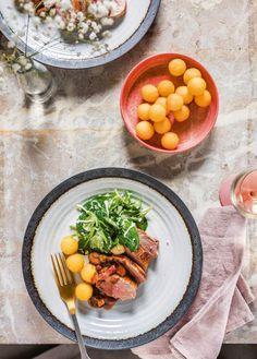 Jeroen Meus maakt varkenshaasje met jagerssaus en aardappelballetjes