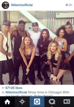 The crew ready for the Chicago concert. Little Mix Move, Little Mix Hair, Little Mix Style, Little Mix Girls, Chicago Concerts, Little Mix Instagram, Jesy Nelson, How To Have Twins, Perrie Edwards