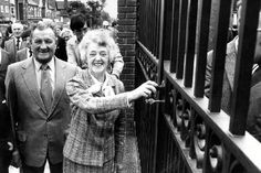 Bob Paisley and Nessie Shankly at the Bill Shankly gates at Anfield