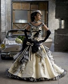 Wedding Dress Fantasy - Yellow Wedding Dress (minus the bow) Steampunk Couture, Style Steampunk, Victorian Steampunk, Steampunk Clothing, Steampunk Fashion, Steampunk Wedding Dress, Gothic Wedding, Steampunk Dress, Yellow Wedding Dress