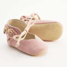 The cutest baby girl  shoes ever!!  Handmade leather baby shoes made from light pink and beige