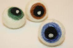 Tutorial to make needlefelted eyeballs!
