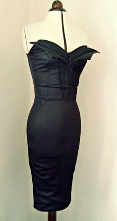 Varla pencil wiggle dress - bat front design