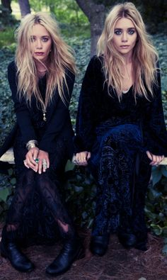 Mary-Kate & Ashley Olsen They're such great models, really. Mary Kate Ashley, Mary Kate Olsen, Elizabeth Olsen, Quann Sisters, Pretty People, Beautiful People, Elizabeth And James Nirvana, Look Boho Chic, Boho Style