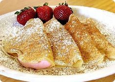 Go French with Alton Brown's foolproof Crepes recipe from Good Eats on Food Network. use chocolate and berries for dessert. Crepes With Pancake Mix, Sour Cream Pancakes, Thin Pancakes, Crepe Recipes, Brunch Recipes, Breakfast Recipes, Top Recipes, Cooking Recipes, Healthy Recipes