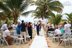 Just Married in Belize: Las Terrazas Resort, Belize #lasterrazas #destinationwedding #belize