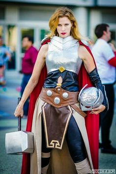 Jane Foster Thor cosplay
