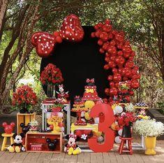Minnie Mouse Birthday Theme, Mickey Party, Minnie Mouse Party, Birthday Party Themes, Deco Candy Bar, Deco Ballon, Minnie Mouse Birthday Decorations, Mickey Cakes, Mini Mouse