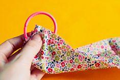 DIY 90's scrunchie | Clones N Clowns by Aimee WoodClones N Clowns by Aimee Wood