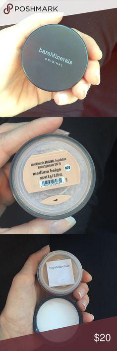 New Bare Minerals foundation Medium beige, Broad spectrum SPF 15 Makeup Foundation