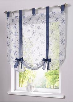 Guarda qui:Una bellissima decorazione per qualsiasi finestra, in tessuto di voile leggero e vaporoso dalla bella fantasia a fiorellini. Con coulisse, adatta ad aste fino a 16 mm Ø. Si fissa all'altezza desiderata tramite i laccetti da annodare.