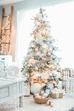 Elegant christmas tree decorating ideas white christmas decor ideas for soft ways to decorate your christmas tree kindesign christmas tree decoration ideasKindesignKindesignKindesignSensational Design White Christmas Tree Decorations Ont White. Noel Christmas, Winter Christmas, All Things Christmas, Frosted Christmas Tree, Christmas Tree Ideas 2018, Rustic Christmas, Vintage Christmas, Modern Christmas, Flocked Christmas Trees