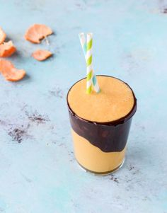 chocolate covered clementine smoothie I howsweeteats.com
