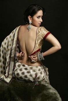 Monali Sehgal Open Back Saree Blouse, Jewelry--earrings