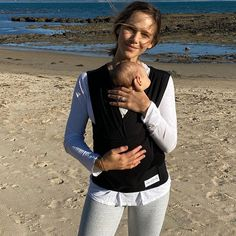 Gorgeous Alex Pendlebury and her sweet Darcy loving their BabyDink snuggles at the beach Newborn Essentials, Beach Walk, Organic Baby, Early Morning, Baby Wearing, Sustainable Fashion, My Friend, All In One, Snuggles