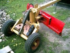 Home made log skidder bull dozer build, starting with need Hydraulic HELP! Yard Tractors, Small Tractors, Tractor Bed, Red Tractor, Garden Tractor Attachments, Atv Attachments, Tracteurs Ford, Homemade Tractor, Tractor Accessories