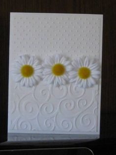 Simple Daisy #card... #Cuttlebug #embossing folders Swiss dots and swirls.