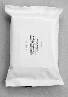 & Other Stories. Gentle Cleansing Wipes.