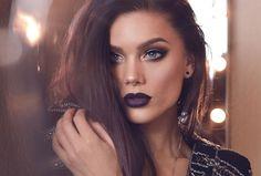 """Linda Hallberg """"MERRY CHRISTMAS"""" makeup"""