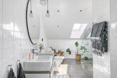 Un appartement loft avec terrasse en coeur de ville - PLANETE DECO a homes world