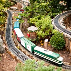 Miniature trains plus miniature plants equals delight on a large scale. Train Miniature, Miniature Plants, Garden Railings, Garden Railroad, Love Garden, Garden Art, Model Train Layouts, Backyard For Kids, Model Trains