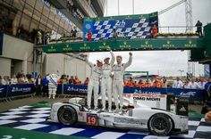 24 heures du Mans 2015 - Porsche 919 Hybrid #19 - Drivers: Nico Hülkemberg - Nick Tandy - Earl Bamber - 1st