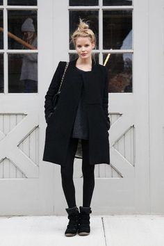 fashionforwaard: http://fashionforwaard.tumblr.com http://girl...