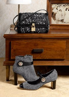 Summer 2016 Collection. dolce and gabbana winter 2016 woman accessories ... 0d22c216f6a95