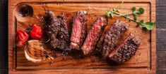5 tips to grilling the perfect steak. How to choose a great steak, from rib eye to New York. How to to grill and serve the perfect steak. Grilling Tips, Healthy Grilling, Grilling Recipes, Grilling The Perfect Steak, Great Steak, Reverse Sear Steak, American Beef, Beef Flank, Pasta Casera