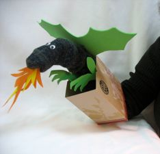 how to make sock puppets Glove Puppets, Sock Puppets, Hand Puppets, Sock Crafts, Puppet Crafts, Softies, How To Make Socks, Dragon Puppet, Puppets For Kids