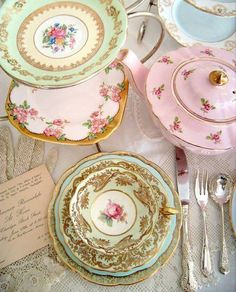 shabby chic pastel colours