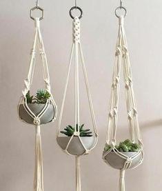 Macrame Hanging Planter, Diy Hanging, Hanging Plants, Macrame Plant Hanger Diy, Pot Mason Diy, Mason Jar Crafts, Mason Jars, Pot Hanger, Home Decor Ideas